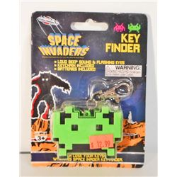 NEW SPACE INVADERS KEY FINDER KEYCHAIN -W/ BEEPS AND FLASHING EYES