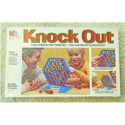 VINTAGE MB KNOCKOUT BOARD GAME IN ORIG. BOX