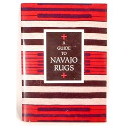 """RARE 1994 """"A GUIDE TO NAVAJO RUGS"""" ILLUSTRATED SMALL BOOK"""