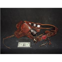 HELLBOY COMPLETE SCREEN USED HERO UTILITY BELT WITH SAMARITAN GUN HOLSTER TRACKER ROSARY & POUCHES