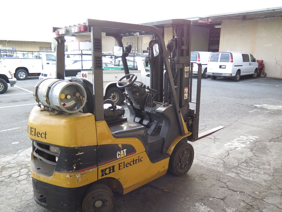 Caterpillar CAT Model C5000 Forklift 1416 Hours - Will be available