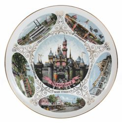 Disneyland Attractions Hanging Wall Plate.