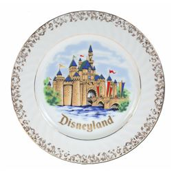 Disneyland Castle Hanging Wall Plate.
