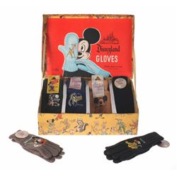 """Disneyland Gloves"" Box with (6) Character Gloves."