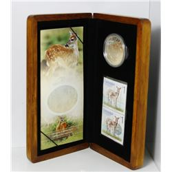 2005 Canada $5 Coin & Stamp Collection in Wooden Box - White Tailed Deer