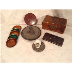 COLLECTION OF EASTERN DECORATOR ITEMS