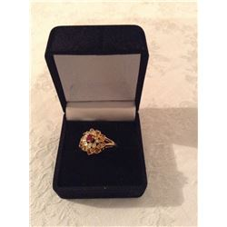 18KT EESTATE LADIES DINER RING