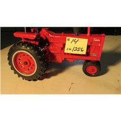 IHC 1256 narrow front toy