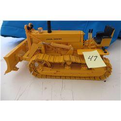 John Deere industrial 420 w/ 62 dozer detailed