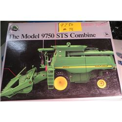 John Deere Precision 9750 STS combine in box 1/32 scale