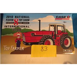 IH 3788 4X4 1/32 scale 2010 National Farm Toy Show