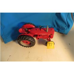 IH ID9 diesel tractor 1/32 scale 1993 Farm Show in box