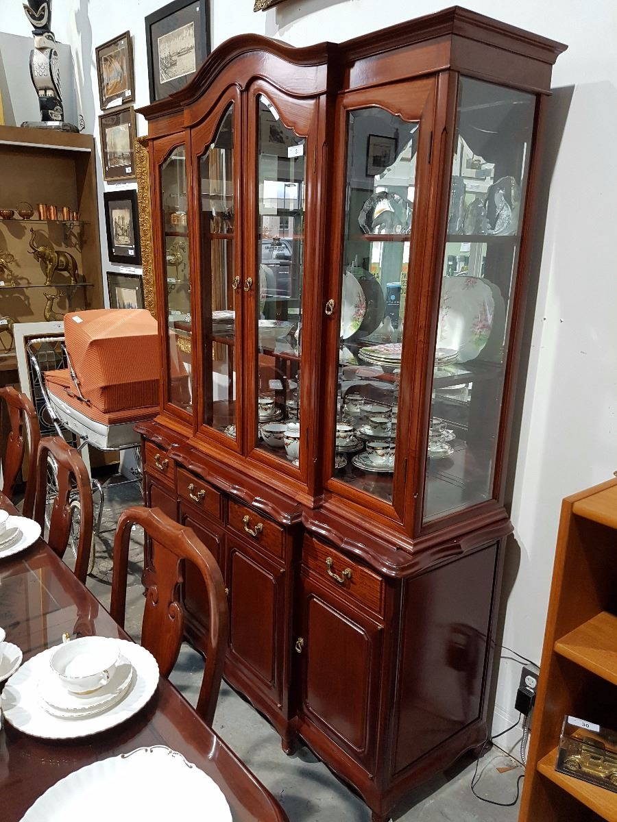 Image 1 SOLID ROSEWOOD BUFFET HUTCH