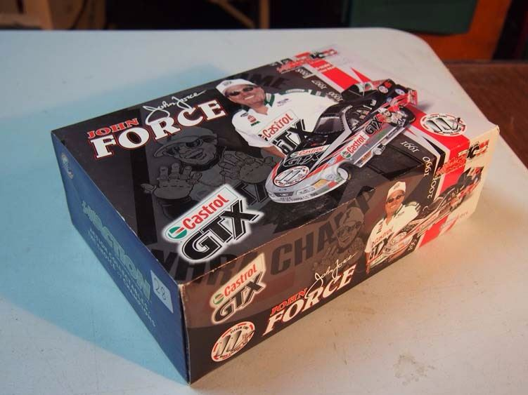 2002 Action 1//24 John Force Mustang Funny Car 11X Champion New in Box