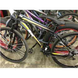BLACK WICKED FALLOUT 21 SPEED FRONT SUSPENSION MOUNTAIN BIKE - DAMAGE