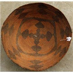 Fine Maidu Basket