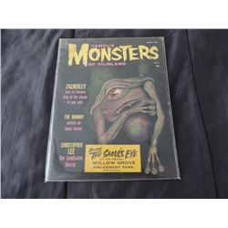 FAMOUS MONSTERS OF FILMLAND #004 WITH GHOUL'S EYE STICKER VERY SCARCE!