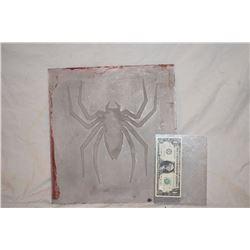 SPIDER-MAN 1 2 & 3 BACK SPIDER GLYPGH ORIGINAL ADI ALUMINUM MOLD 1