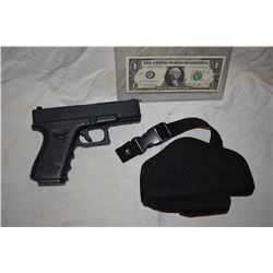 HERO METAL HAND GUN NON FIRING WEAPON & HOLSTER FROM UNKNOWN PRODUCTIONS