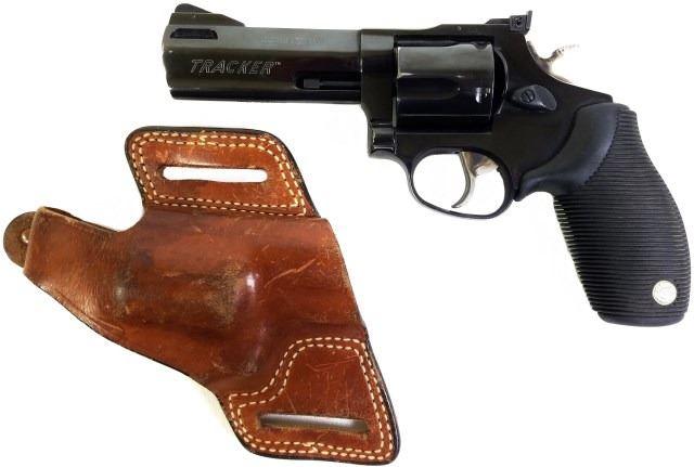 Taurus Tracker  44 mag SN XL270350 revolver