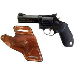 Taurus Tracker .44 mag SN XL270350 revolver