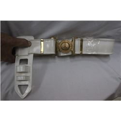 """White Belt and Sheath """"ARTE ET MATE"""" which means """"By Skill and by Force"""" Canadian Forces"""