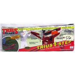 TRIUS 1 STEP CLAY THROWER