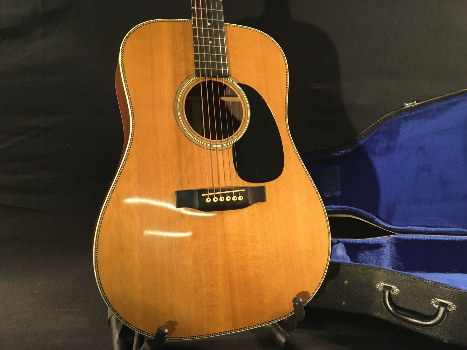 martin hd 28 serial number