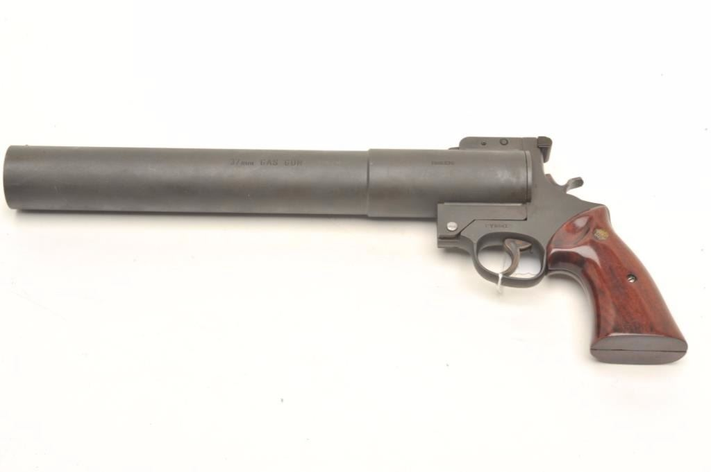 Smith & Wesson early Model 276 (without top handle) tear gas gun