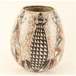 Hopi Lizard Effigy Pot