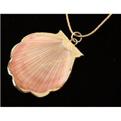 Seashell Pendant & Chain