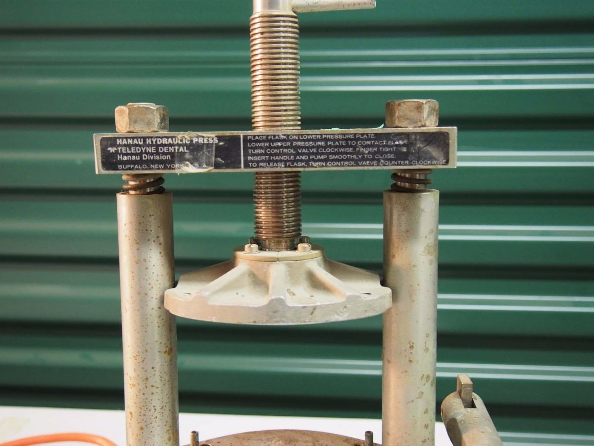Hydraulic Press / Electric Lighter