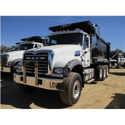2017 MACK GU713 DUMP, VIN/SN:1M2AX07C4HM036595 - TRI-AXLE, 455 HP MACK MP8 ENGINE, ALLISON 4500 RDS