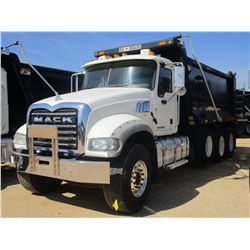 2016 MACK CU713 DUMP, VIN/SN:1M2AX09C9GM027354 - TRI AXLE, 415 HP MACK MPH415C DIESEL ENGINE, ALLISO