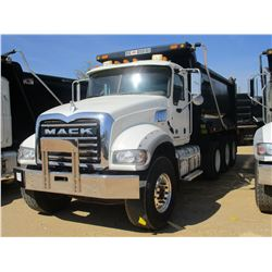 2016 MACK CU713 DUMP, VIN/SN:1M2AX09C0GM027355 - TRI AXLE, 415 HP MACK MPH415C DIESEL ENGINE, ALLISO