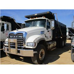 2015 MACK GU713 DUMP, VIN/SN:1M2AX09COFM021280 - T/A, 425 HP MACK MP8 ENGINE, ALLISON A/T, 44K REARS