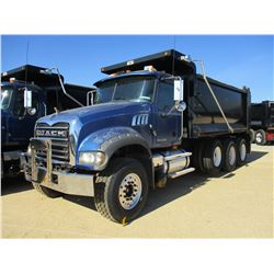 2009 MACK GU713 DUMP, VIN/SN:1M2AX09C09M007237 - MACK MP8-425M DIESEL ENGINE, MACK T310M 10 SPEED TR