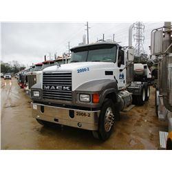 2006 MACK CHN613 TRUCK TRACTOR, VIN/SN:1M1AJ06Y76N002774 - T/A, E7 427 MACK DIESEL ENGINE, 10 SPEED