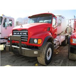 2005 MACK CV713 CONCRETE MIXER, VIN/SN:1M2AG11C85M037310 - T/A, 350HP MACK AMI 350 DIESEL ENGINE, 10