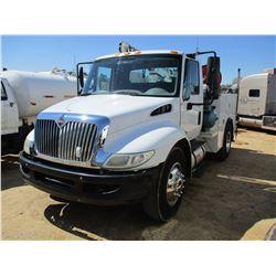 2010 INTERNATIONAL 4300 SERVICE TRUCK, VIN/SN:1HTMMAAM4AH161292 - IHC DIESEL ENGINE, A/T, KNAPHEIDE