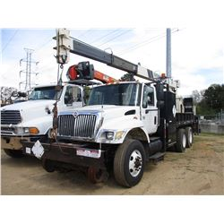 2003 INTERNATIONAL 7400 CRANE TRUCK, VIN/SN:1HTWHAAR73J068027 -T/A, INTL DIESEL ENGINE, 8LL TRANS, 3