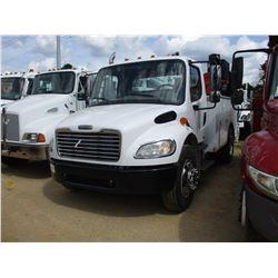 2006 FREIGHTLINER M2 SERVICE TRUCK, VIN/SN:1FYACWC576HY54369 - S/A, MERCEDES DIESEL ENGINE, 6 SPEED