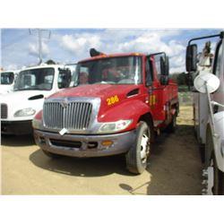 2007 INTERNATIONAL 4200 SERVICE TRUCK, VIN/SN:1HTMPAFM47H429802 - S/A, VT365 DIESEL ENGINE, 6 SPEED