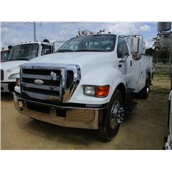 2006 FORD F750 SERVICE TRUCK, VIN/SN:3FRXF75N16V343486 - S/A, CAT DIESEL ENGINE, 7 SPEED TRANS, AUTO