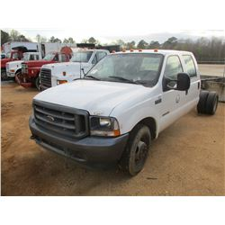 2002 FORD F350 SUPER DUTY CREW CAB, VIN/SN:1FDWW36F42EC57525 - 7.3L DIESEL ENGINE, AUTO (DOES NOT OP