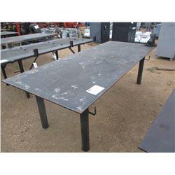 4' X 10' METAL TABLE W/VISE