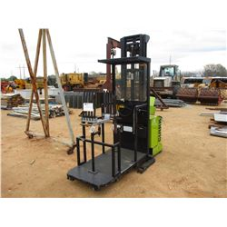 CLARK OP7E ELECTRIC FORKLIFT, VIN/SN:0P70609PM8211 -W/WINDOW ATTACHMENT, METER HOURS 1,402 HOURS