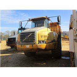 2003 VOLVO A40D ARTICULATED DUMP, VIN/SN:10716 - TAILGATE, ECAB W/AIR, 29.5-25 TIRES, METER READING