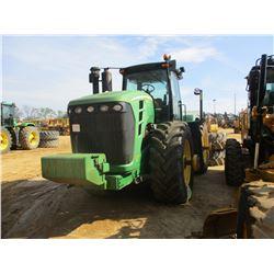 JOHN DEERE 9630 SCRAPER SPECIAL FARM TRACTOR, VIN/SN:003498 -MFWD, 4 REMOTES, DUALS, ECAB W/AIR, 710