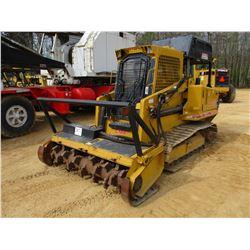 2011 RAYCO C100LG GRINDING MACHINE, VIN/SN:LFM0110511 - CRAWLER, MULCH HEAD, REAR WINCH, ECAB W/AIR,